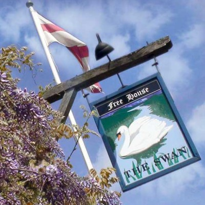 The-Swan-Inn-Swinbrook-thb